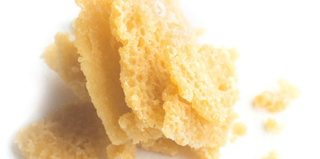 Crumble wax is often difficult to handle but ideal for vaporizers and on top of bowls of flower